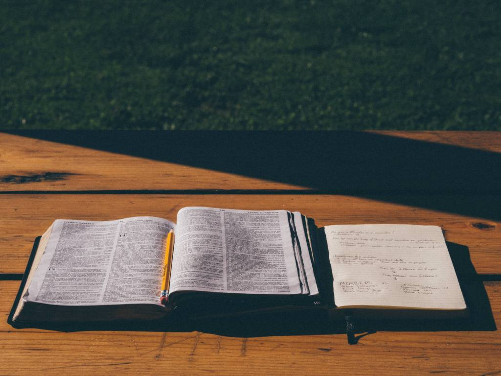How to be consistent in your habit of studying the Bible