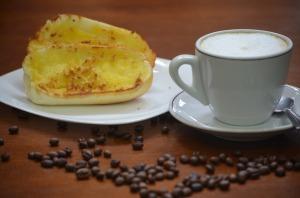 Coffee, milk, breakfast, bread, butter