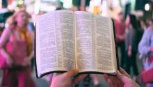 Preach bible reading crowd